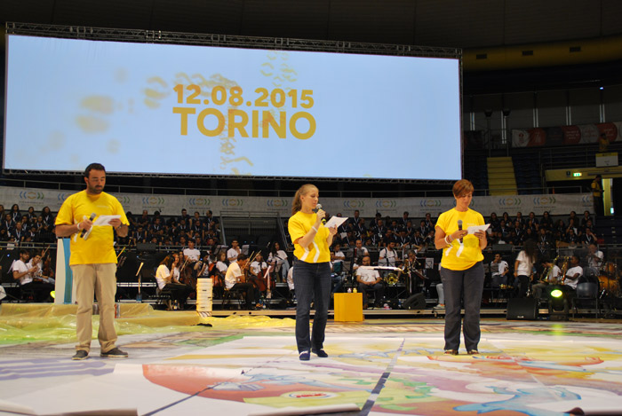 12 agosto. Tema riflessione: WITH the young. SYM Don Bosco 2015 - Torino. Bicentenario della nascita di don Bosco.