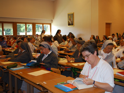 Rome.  The Capitulars in Assembly receive the GC XXII Regulations.