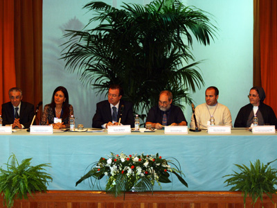Rome. Round table discussion: <em>Meeting today's challenges working together to be a sign of the love of God in a world that needs hope, </em> moderated by Dr. Guido Barbera, President of Vides International.
