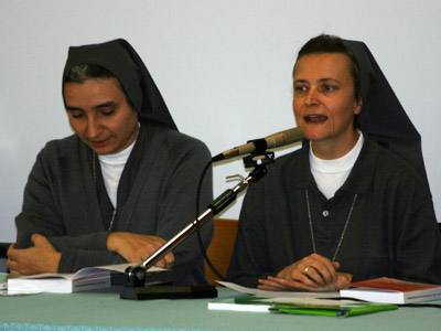 "Sr. Piera Ruffinatto presents the publication ""The Art of Educating in the Style of the Preventive System,"" edited by Sr. Piera and Sr. Martha Seide, professors at the Auxilium in Rome."