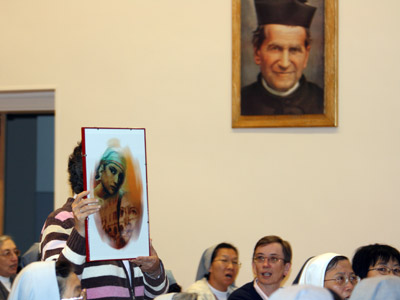 "Rome. Sr. Maria Americo and the Sisters of the Formation Sector presented the text, ""With you, Main, on the frontiers of life,"" the charismatic-spiritual journey proposed to those who participate in the Mornese Project."