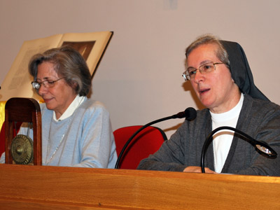 "Rome. Sr. Maria del Carmen Canales and Sr. Giuseppina Teruggi during the presentation of Gong 4 ""Educommunication: Taking small steps in the new culture."""