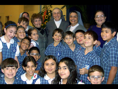 "Texas. Visit of M. Yvonne Reungoat to the province ""Mary Immaculate"" (SUO)."