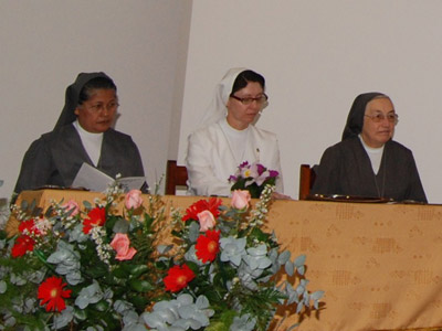 Visit of Mother Yvonne Reungoat to the provinces of Colombia: N.S. del Rosario di Chiquinquirá (CBC); Nostra Signora della Neve (CBN); Maria Ausiliatrice (CMA); Santa Maria Mazzarello (CMM).
