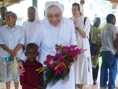 "Yaoundé. Visit to the Province of Equatorial Africa ""St. Maria D. Mazzarello"" (AEC). With the family of the Sisters, Salesians, FMAs and young people in formation."