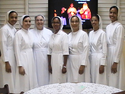 Santo Domingo. Junior  sisters and new perpetually-professed sisters.