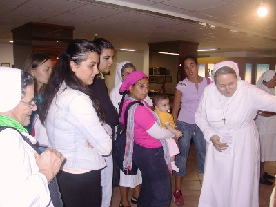 Sr Piera Cavalia` and the group of young Past Pupils from Naples during their visit to the Generalate