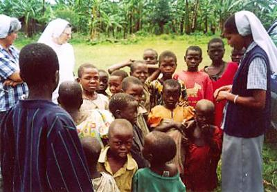 Sr. Ciri visits the villages on the border of the Congo