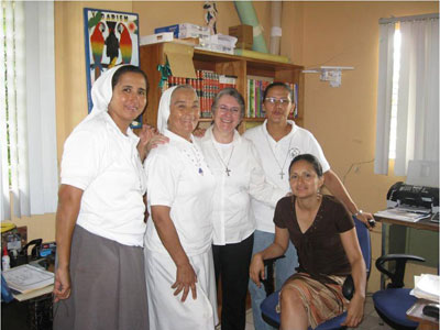 Darién. Canonical visit of Sr. Alaíde Deretti to the province of  'Our Lady of the Angels' of southern central America (CAR).