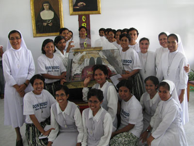 Dili. Canonical visit of Sr. Lucy Rose – East Timor and Indonesia (TIN). Arrival of the relic of Don Bosco.