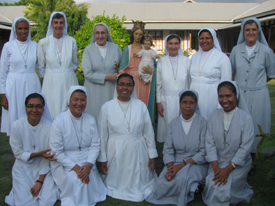 Dili - Comoro. Canonical visit of Sr. Lucy Rose – East Timor and Indonesia (TIN). Meeting with provincial equipe.