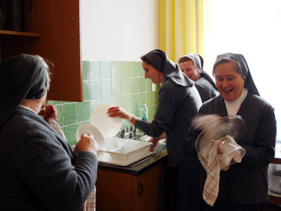 Suwałki. Canonical visit of Sr. Carla Castellino to the Polish Province of Our Lady of Jasna Gòra (PLJ). Sharing in community life.