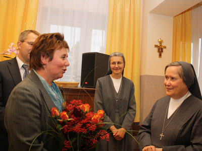 Warsaw. Canonical visit of Sr. Carla Castellino to the Polish Province of Our Lady of Jasna Gòra (PLJ). With the parents of the kindergarten students.