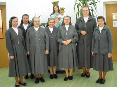 Jastręzbie. Canonical visit of Sr. Carla Castellino to the Polish Province of Our Lady of Jasna Gòra (PLJ). With the community.