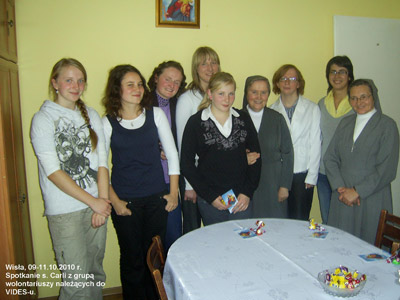 Wisła. Canonical visit of Sr. Carla Castellino to the Polish Province of Our Lady of Jasna Gòra (PLJ). With the VIDES volunteers.