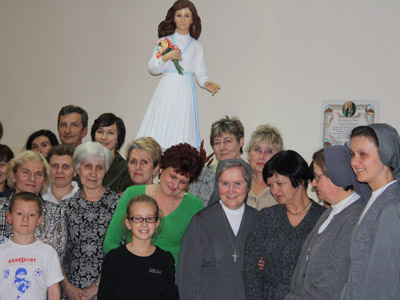 Cracow. Canonical visit of Sr. Carla Castellino to the Polish Province of Our Lady of Jasna Gòra (PLJ). Meeting with teachers and parents.