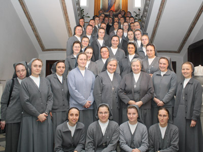 Pogrzebień. Canonical visit of Sr. Carla Castellino to the Polish Province of Our Lady of Jasna Gòra (PLJ). Meeting with the junior professed Sisters.