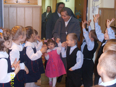 Lódz S.G.Bosco. Canonical visit to the Polish Province of Our Lady of Jasna Gòra (PLJ). With kindergarten kids.