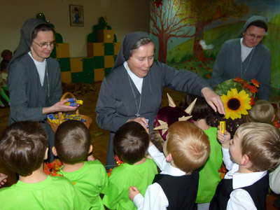 Łomianki S.Giuseppe. Canonical visit to the Polish Province of Our Lady of Jasna Gòra (PLJ). Kindergarten.