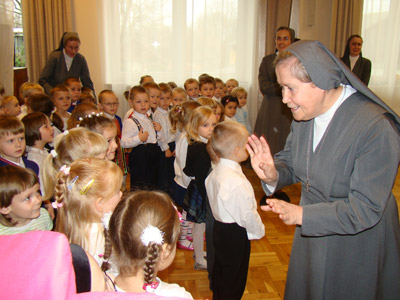 Garbów S.Giuseppe. Canonical visit to the Polish Province of Our Lady of Jasna Gòra (PLJ). Kindergarten.