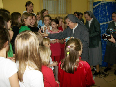 Lublin S. Teresa. Canonical visit to the Polish Province of Our Lady of Jasna Gòra (PLJ). With the children