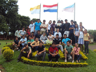 Minga Guazù. Visit of Sr. Marija in Paraguay. With the youth.