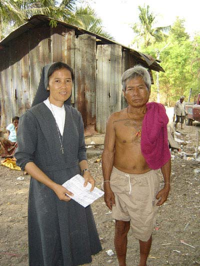 Sr.Caterina Charoenrat with a local resident